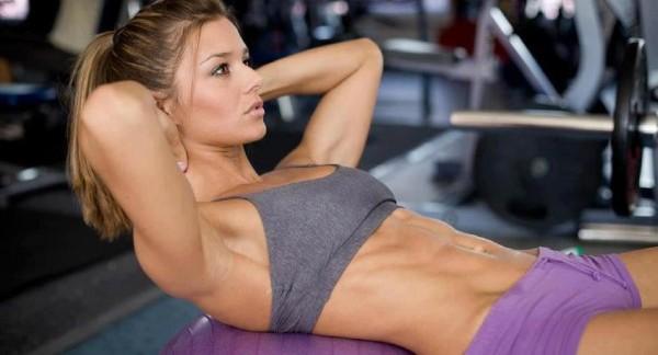 Qué son los ejercicios hipopresivos que ayudan a tonificar el abdomen