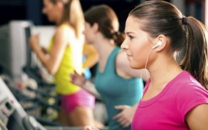 ¿Cómo la música puede ayudarle en su rendimiento deportivo?