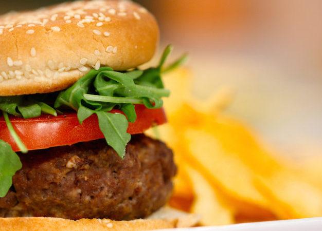 ¿Cuánto ejercicio debes hacer para eliminar las calorías de estos alimentos?