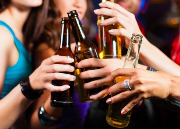 Los beneficios de tomar bebidas alcohólicas con moderación