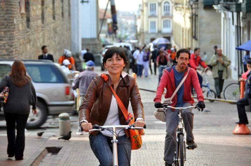 Bogotá aprende a vivir sin autos