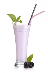 Blackberry milk smoothie with mint