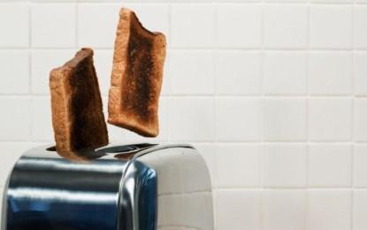 Cocinar menos las tostadas y las papas puede reducir el riesgo de cáncer