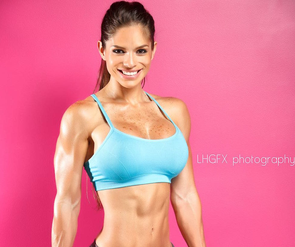 Michelle Lewin, la reina del fitness