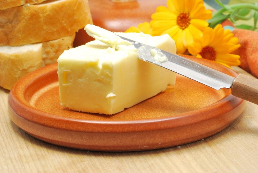 ¿Es la mantequilla realmente tan mala para la salud?