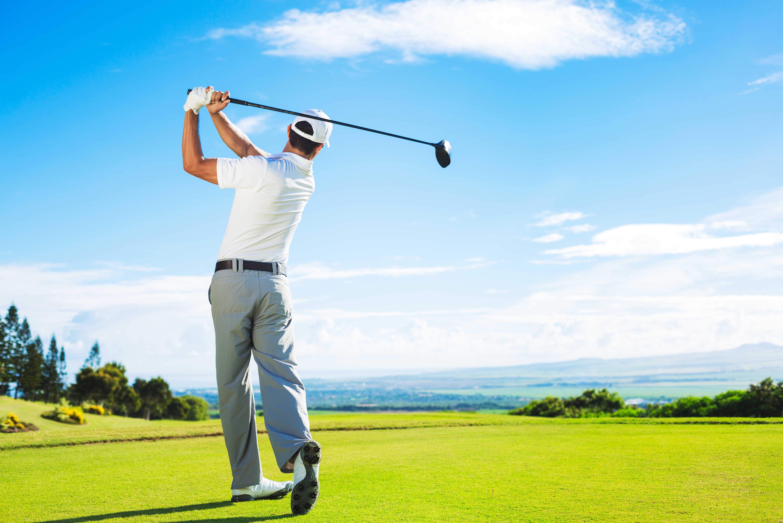 ¿Cómo evitar las lesiones en el golf?