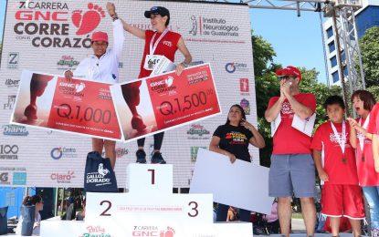 Atletas de Guatemala corren para construir Centro de Terapias