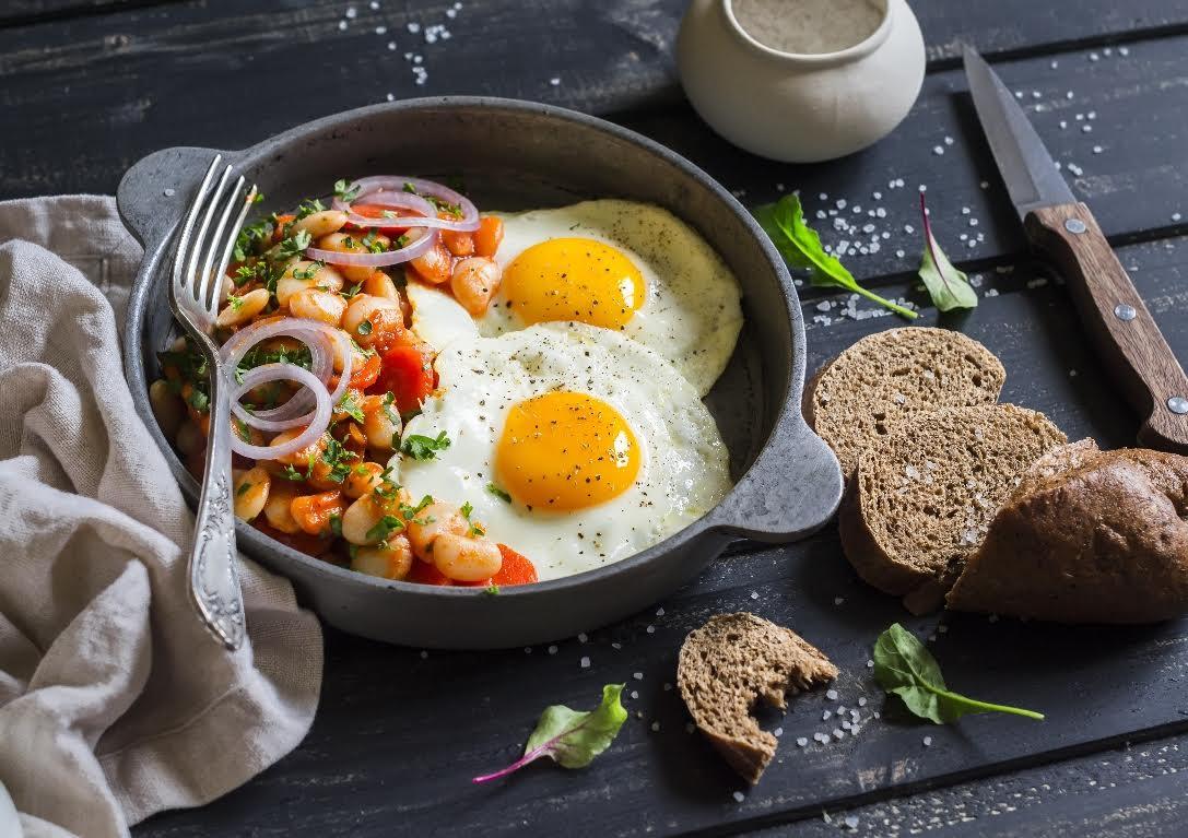 ¿Es bueno o malo comer huevo?