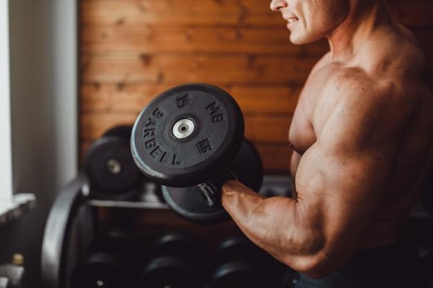 Qué es el Synthol, la peligrosa sustancia que hace crecer los músculos