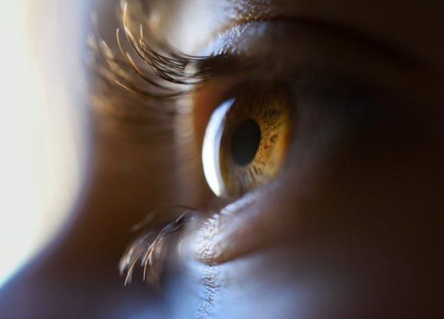 6 hábitos para cuidar la salud visual en el trabajo