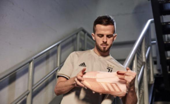 adidas fútbol lanza nueva colección Spectral Mode