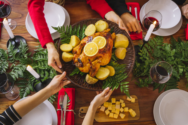 Cuida lo que comes ¿Cómo prevenir problemas digestivos en época navideña?
