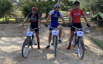 La competencia que retó a tres ciclistas élite
