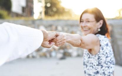 ¿Cómo vacacionar con adultos mayores?