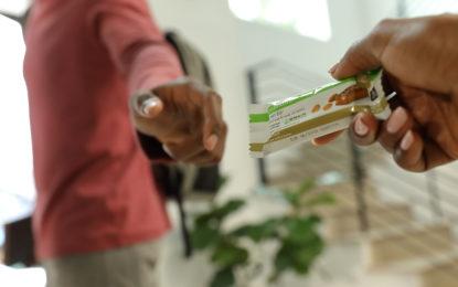 Snacks saludables: barras de proteína que aportan nutrientes y alimentos