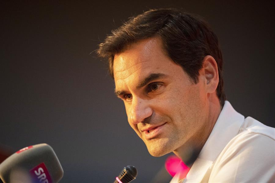 Federer se ha vuelto a operar la rodilla derecha y no jugará este año